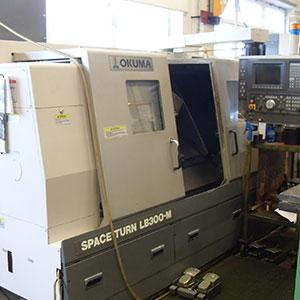Okuma LB 300-M CNC-Drehmaschine
